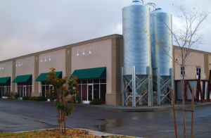 "production brewery in Cloverdale, which opened in 2006. Bear Republic is known for making very ""hoppy"" beers and India Pale Ales, like its flagship Racer 5 IPA."